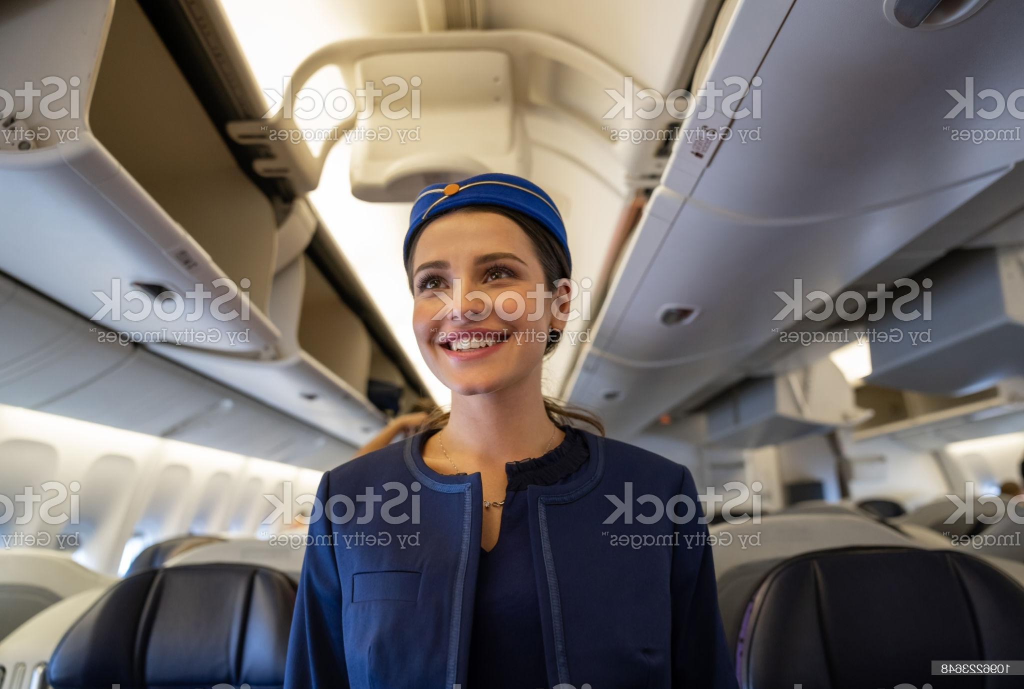 شرایط ثبت نام در رشته بدون آزمون مهمانداری هواپیما در سال 1400